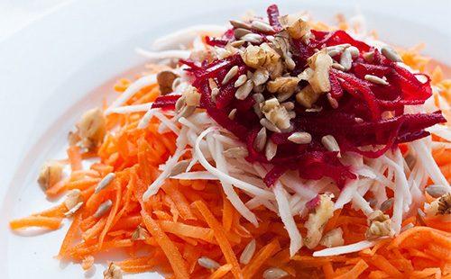 Салат из моркови и буряка