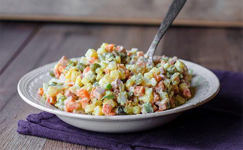 Зимний салат ольвье
