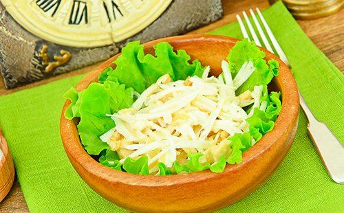 Салат из редьки и курицы