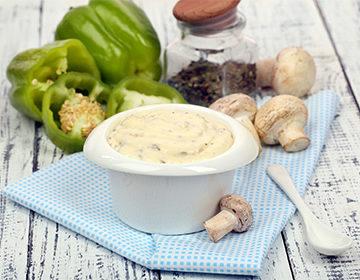 Грибной соус: рецепт из шампиньонов, замороженных, соленых, маринованных и сушеных грибов, томатный и сливочный варианты, на кефире, с сыром
