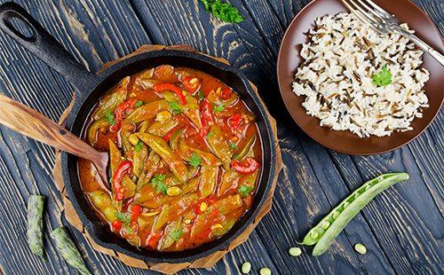 Овощное рагу в сковороде